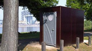 Toiletten in Grünanlagen